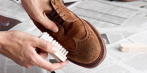 к чему снится чистить обувь