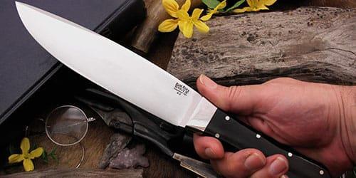 нож в руках во сне