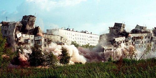 разрушительные взрывы