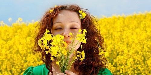 нюхать цветы во сне