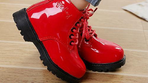новые красные ботфорты
