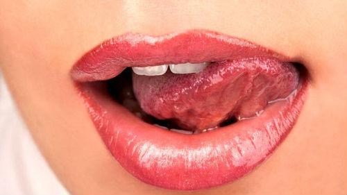 поцелуй с языком