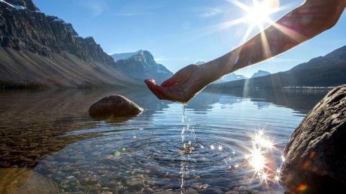 к чему снится чистая река