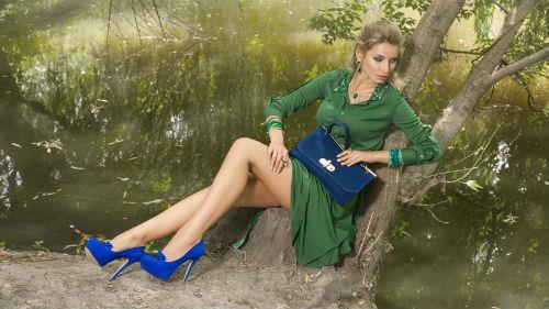 зеленый цвет платья