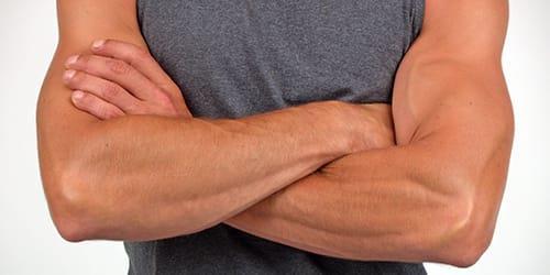 сильные мужские руки