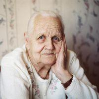 к чему снится умершая бабушка живой