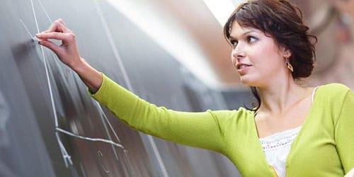 к чему снится первая учительница