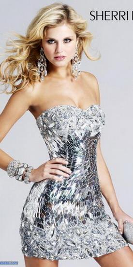 Сонник серебристое платье