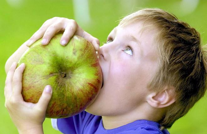 яблоки есть во сне