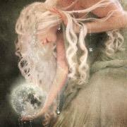 Девушка с луной