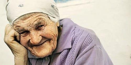 к чему снится покойная бабушка