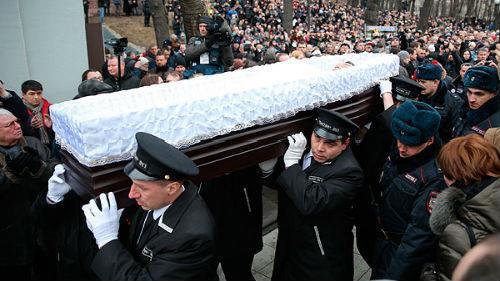 похоронная процессия во сне
