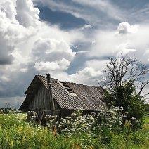 Разбираемся, к чему снится старый дом!