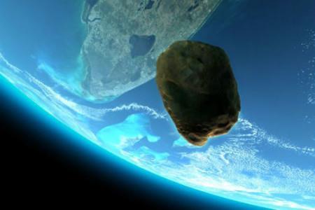 метеорит на голубом фоне