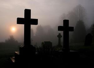 Туман на кладбище
