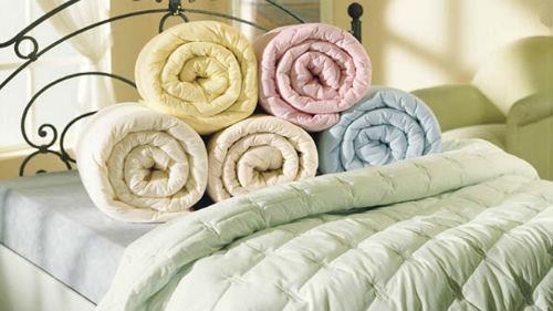 много теплых одеял