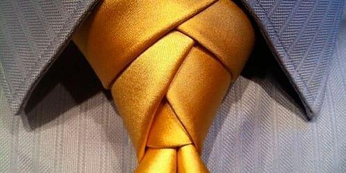 к чему снится завязывать галстук