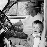 ребенок с дедом