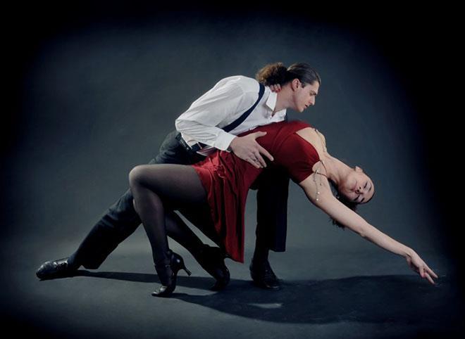 К чему снится танцевать во сне с мужчиной