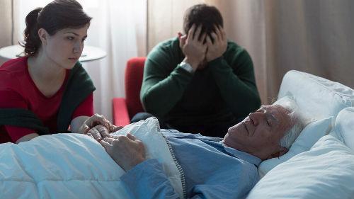 умерший отец умирает