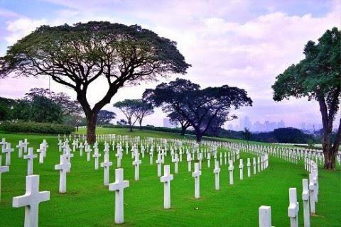 К чему снится уборка на могиле родственников фото